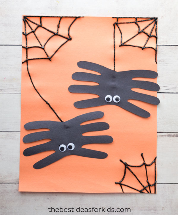 DIY spider handprint craft (via https:)