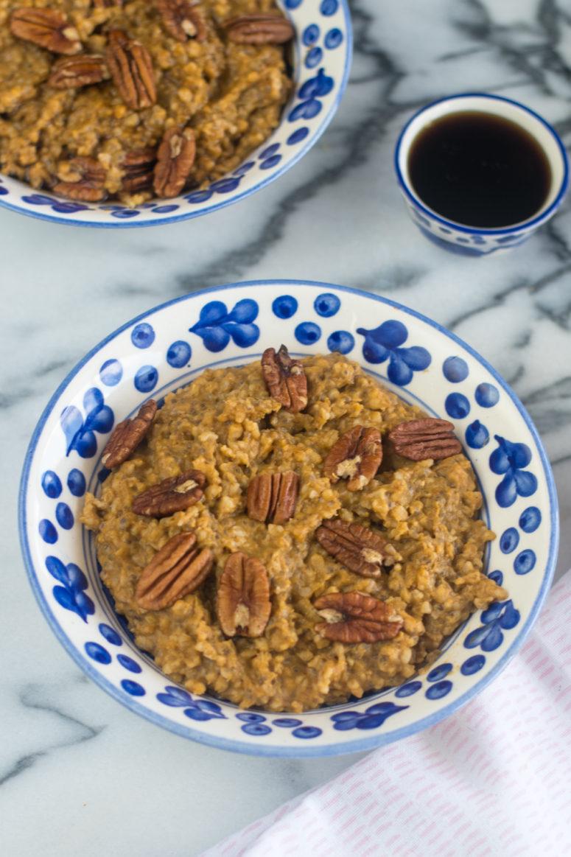 DIY slow cooker pumpkin oatmeal (via thymeandlove.com)