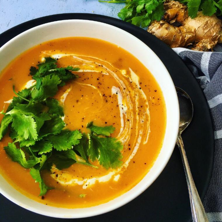 DIY spiced pumpkin and turmeric soup (via https:)