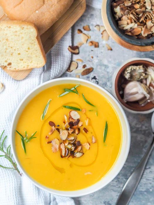 DIY vegan pumpkin soup (via https:)