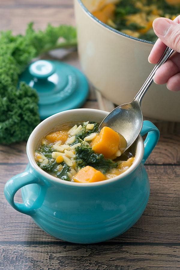 DIY vegan kale pumpkin soup