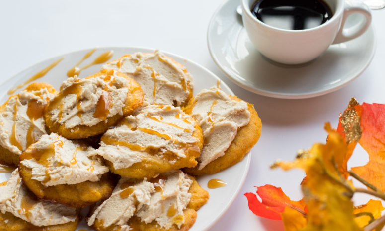 DIY spiced pumpkin ricotta cookies (via https:)