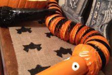 09 Nightmare Before Christmas snake garland for bar decor