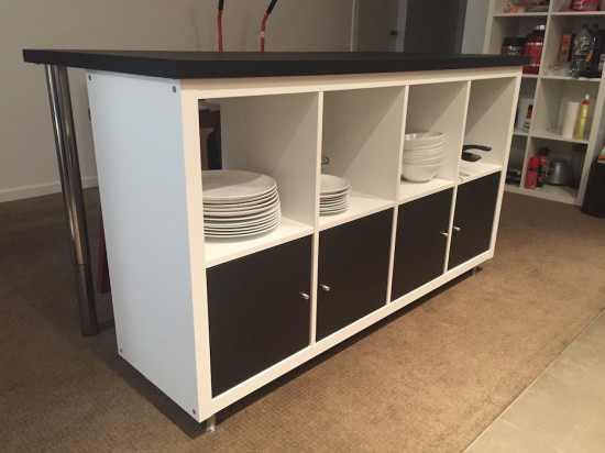DIY kitchen island from IKEA Kallax (via www.ikeahackers.net)