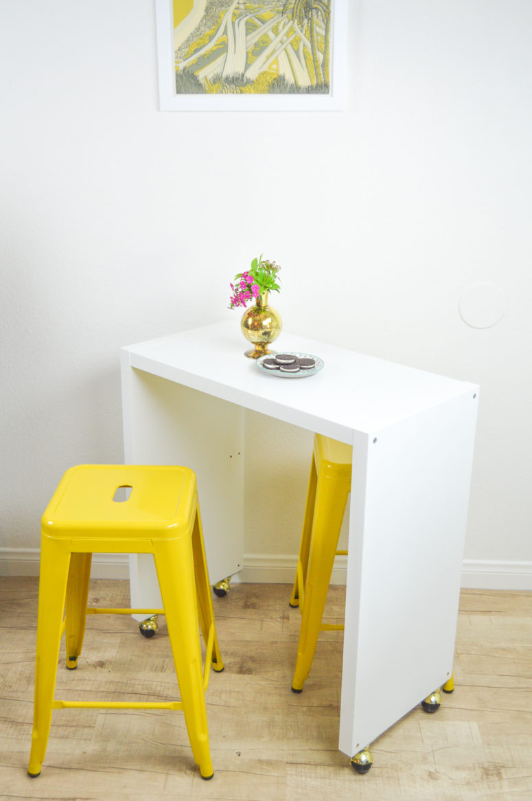 DIY rolling kitchen island from IKEA items (via clubcrafted.com)