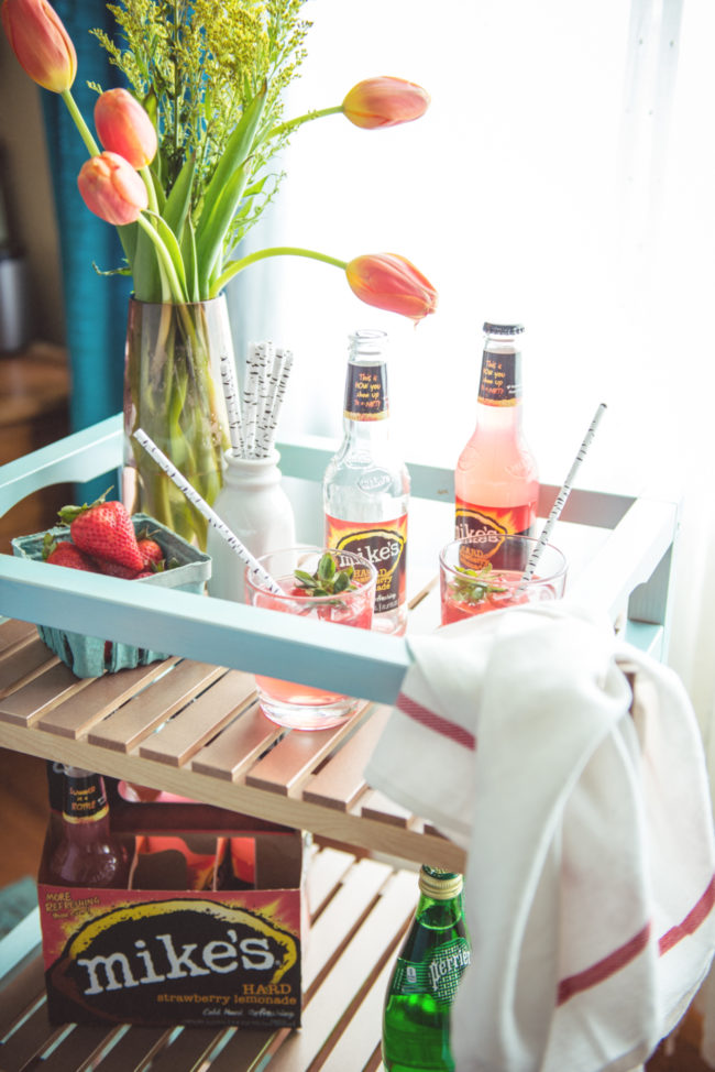 DIY Molger cart into a bar cart (via passthesushi.com)
