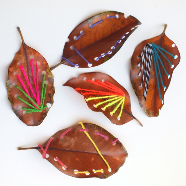 DIY fall leaf sewing (via www.pinkstripeysocks.com)
