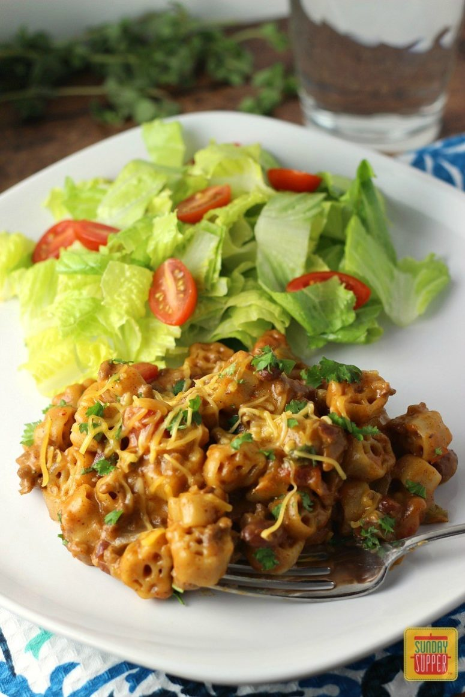 DIY one pot chili mac n cheese (via sundaysuppermovement.com)