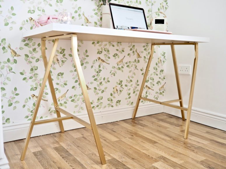 DIY Linnmon and Lerberg desk hack (via www.daintydressdiaries.com)
