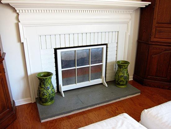 DIY window sash fireplace screen (via inmyownstyle.com)