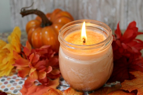 DIY pumpkin spice soy candles