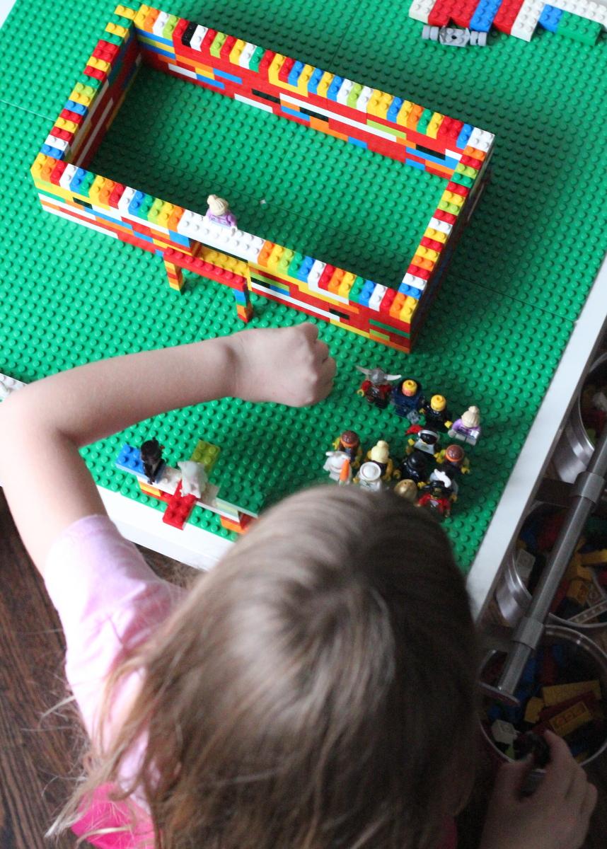 DIY IKEA Latt into a Lego table