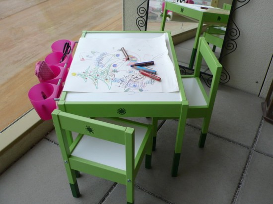 DIY artist table from IKEA Latt (via www.ikeahackers.net)