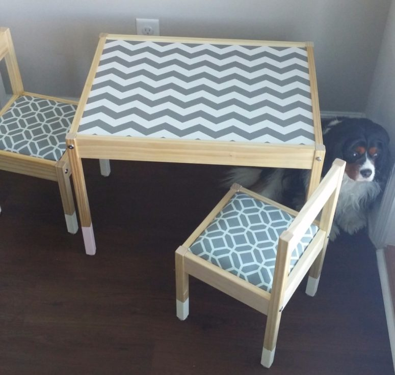 DIY IKEA Latt hack with paper and fabric (via www.becauseisaidsobaby.com)
