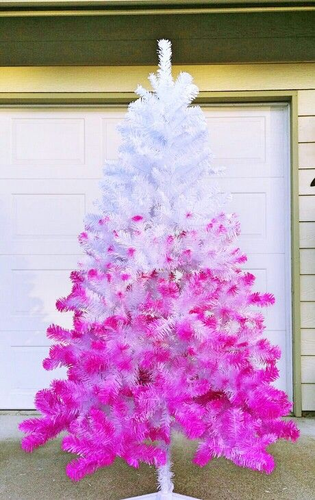 an ombre white to neon pink tree doesn't require much decor
