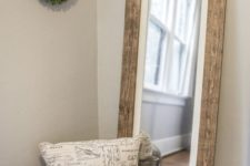07 if your bedroom is rustic, why not choose a mirror in a reclaimed wooden frame