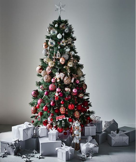 a beautiful colorful Christmas tree with gradient styling from silver to bold red
