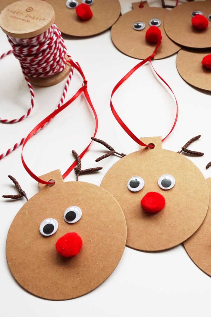 DIY Rudolph gift tags for Christmas (via www.smallhomesoul.com)