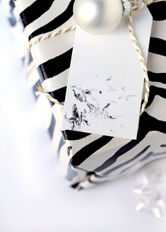 DIY marble gift tag with nail polish (via poshlittledesigns.com)