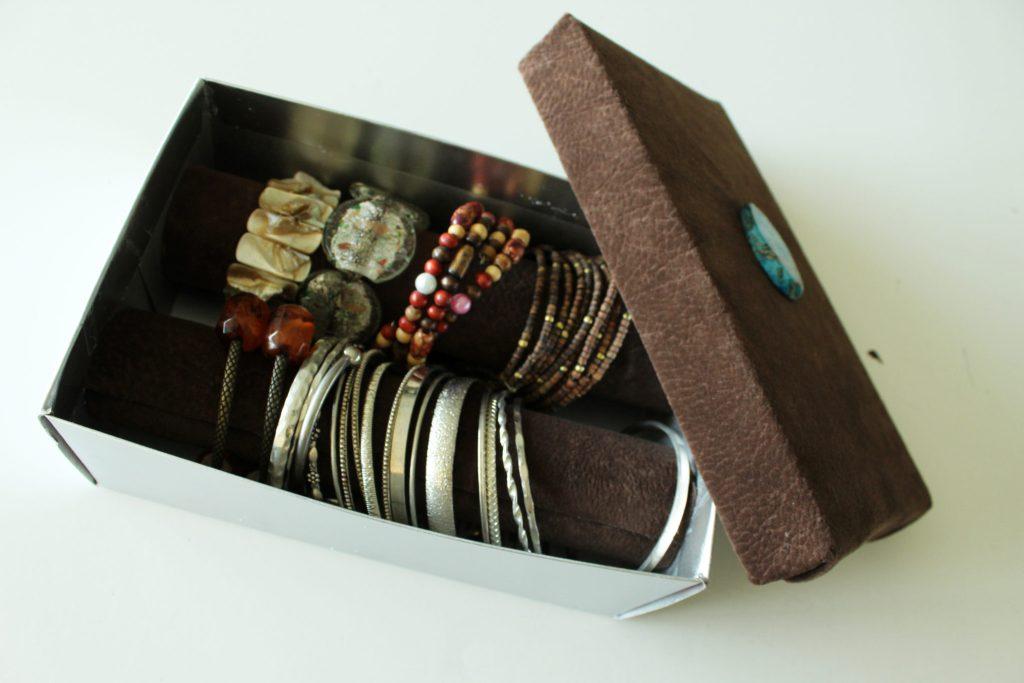 DIY shoebox bracelet organizer