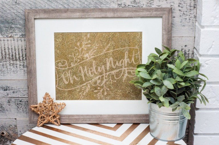 DIY glittery Christmas sogn artwork (via www.dwellbeautiful.com)
