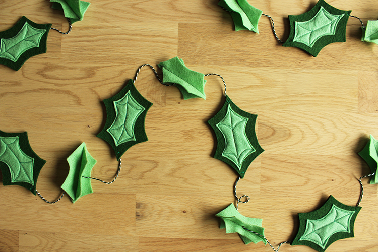 DIY felt holly leaf garland (via www.thecraftygentleman.net)