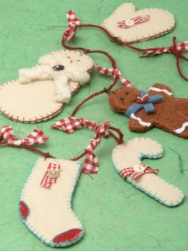 DIY felt Christmas garland (via www.hgtv.com)