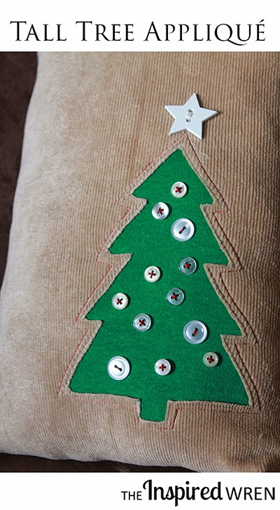 DIY Christmas tree pillow with a button applique (via theinspiredwren.blogspot.ru)