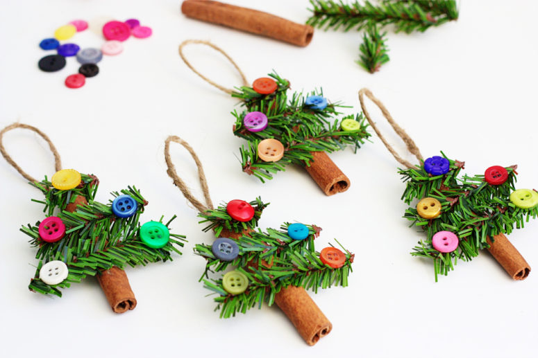 DIY cinnamon sticks and buttons ornaments (via blog.consumercrafts.com)
