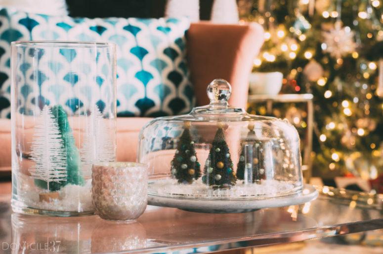 DIY vintage-style Christmas terrarium (via www.domicile37.com)