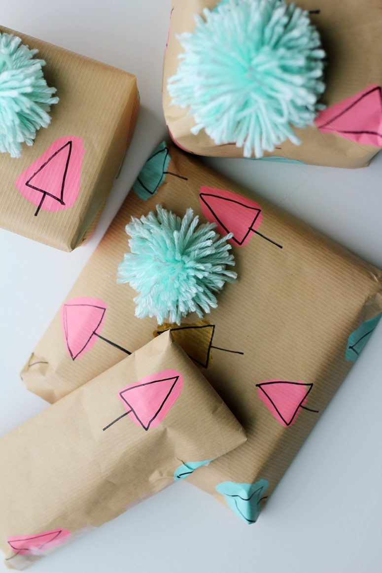 DIY paint and sharpie tree wrapping paper (via splashofsomething.com)