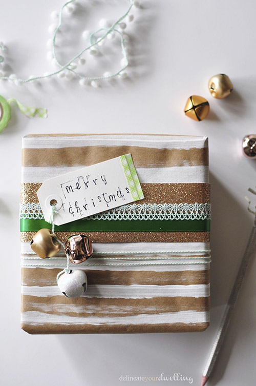 DIY glitter and colorful wrapping paper of kraft paper (via www.delineateyourdwelling.com)