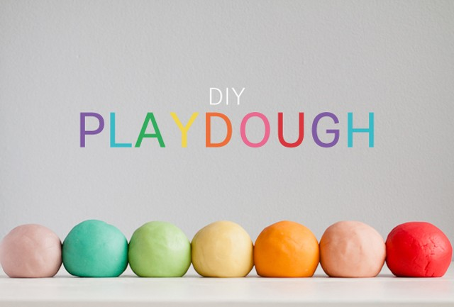 DIY jello-o colored playdough (via modernparentsmessykids.com)