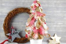 DIY Christmas tree of ribbons