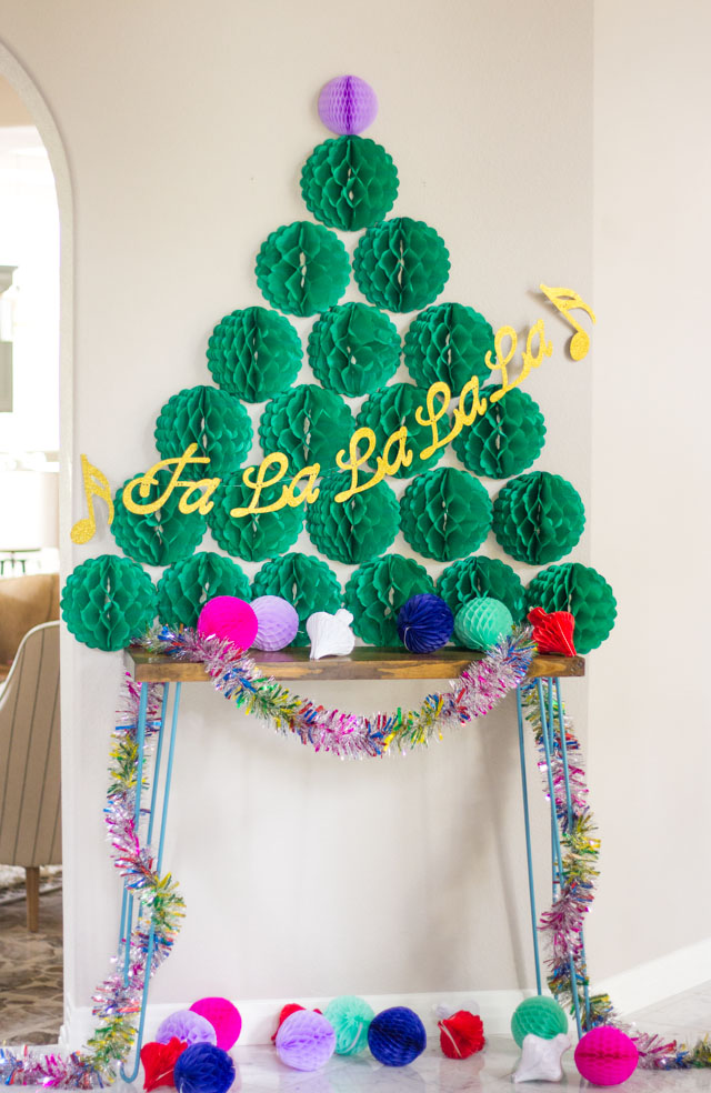 DIY honeycomb Christmas tree (via www.designimprovised.com)