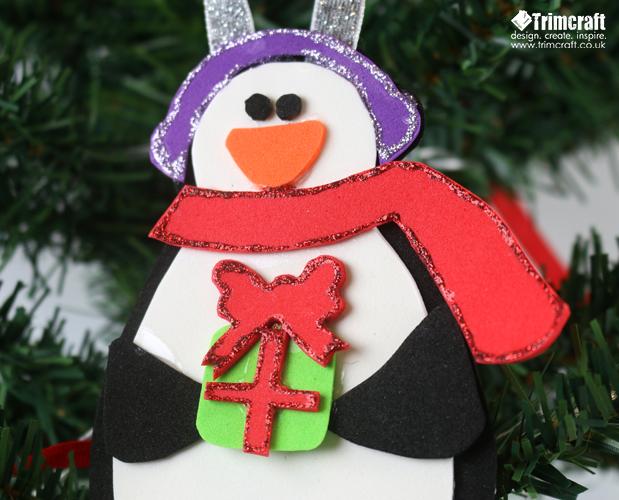DIY penguins of colorful foam (via www.thecraftblog.com)