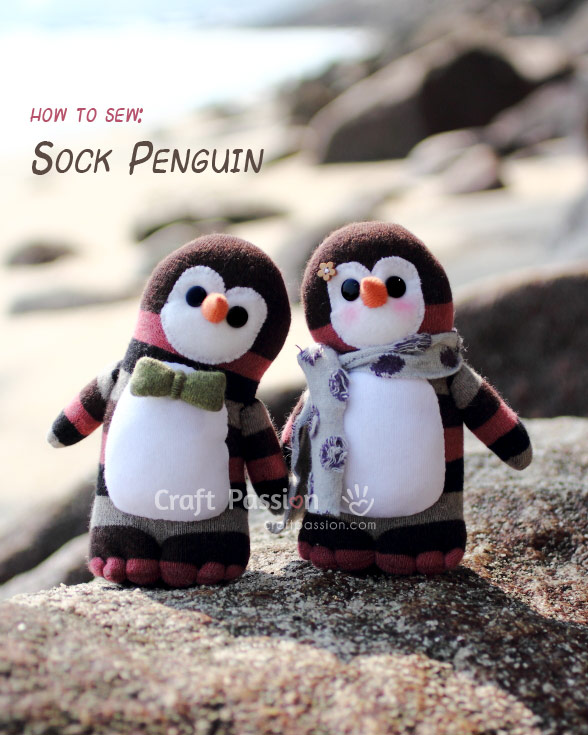 DIY sock penguins with sewing (via www.craftpassion.com)