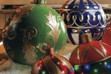 07 make your lawn super special with colorful giant ornaments with LEDs