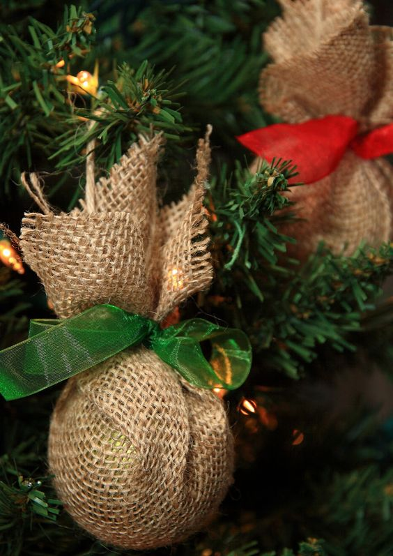 simple burlap wrapped ornaments with red and green ribbons
