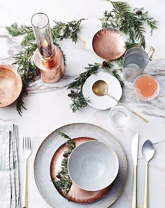 copper plates, dishes and candle holders will make your tablescape more glam and chic