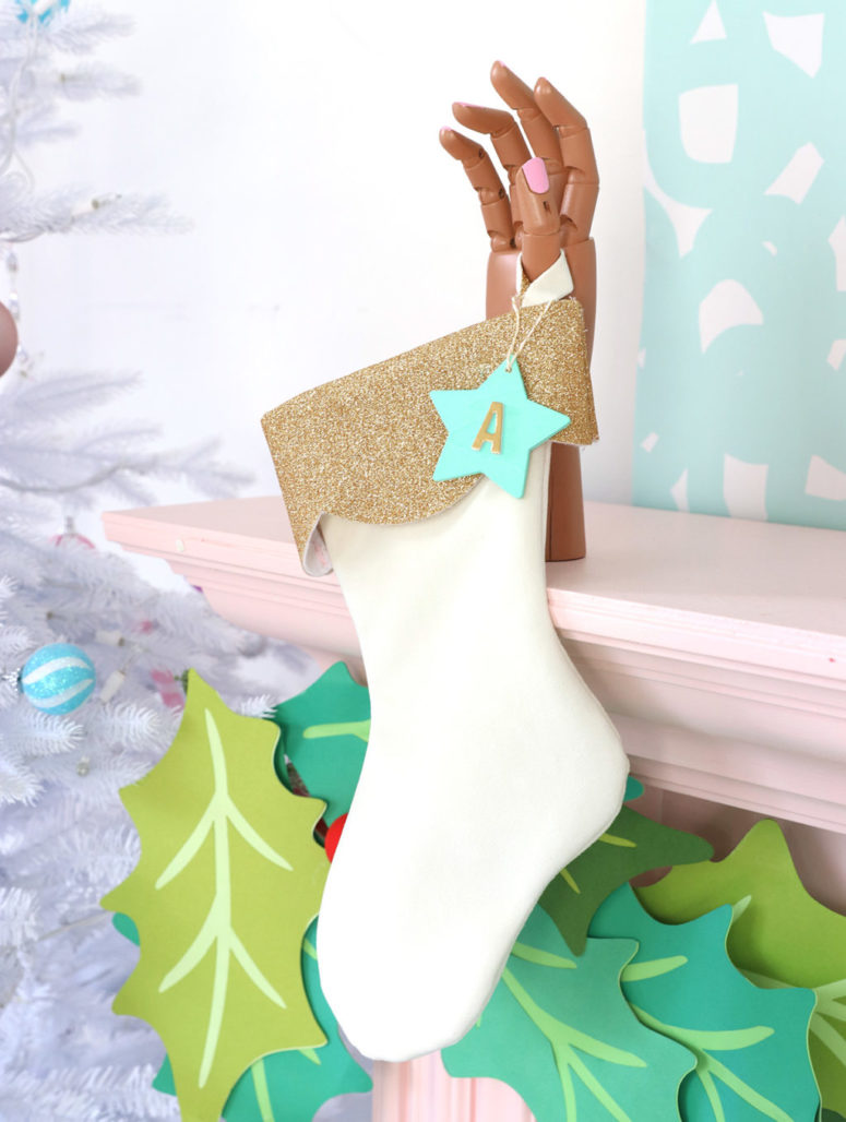 DIY creamy velvet and glitter stocking (via damasklove.com)