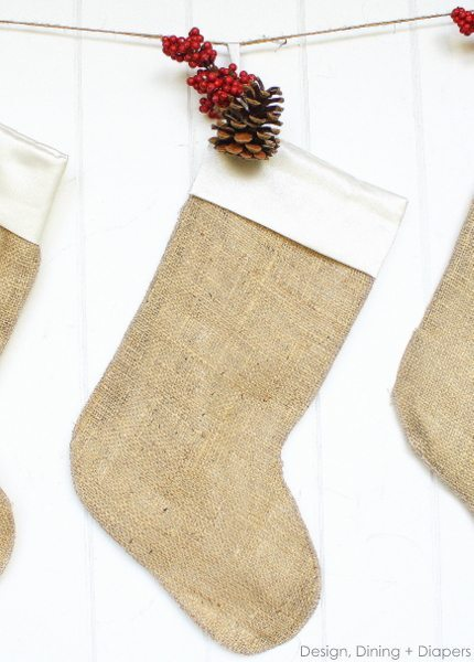 DIY simple burlap Christmas stockings (via tarynwhiteaker.com)