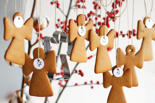 DIY gingerbread angel cookies calendar (via www.bobthechef.com)