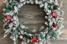 DIY vintage truck Christmas wreath