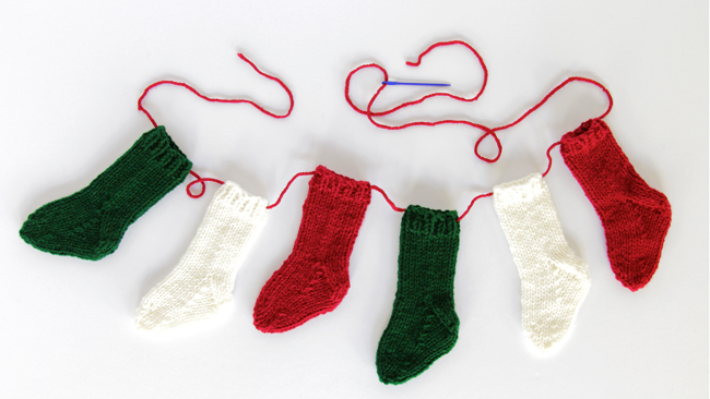 DIY mini Christmas stocking garland