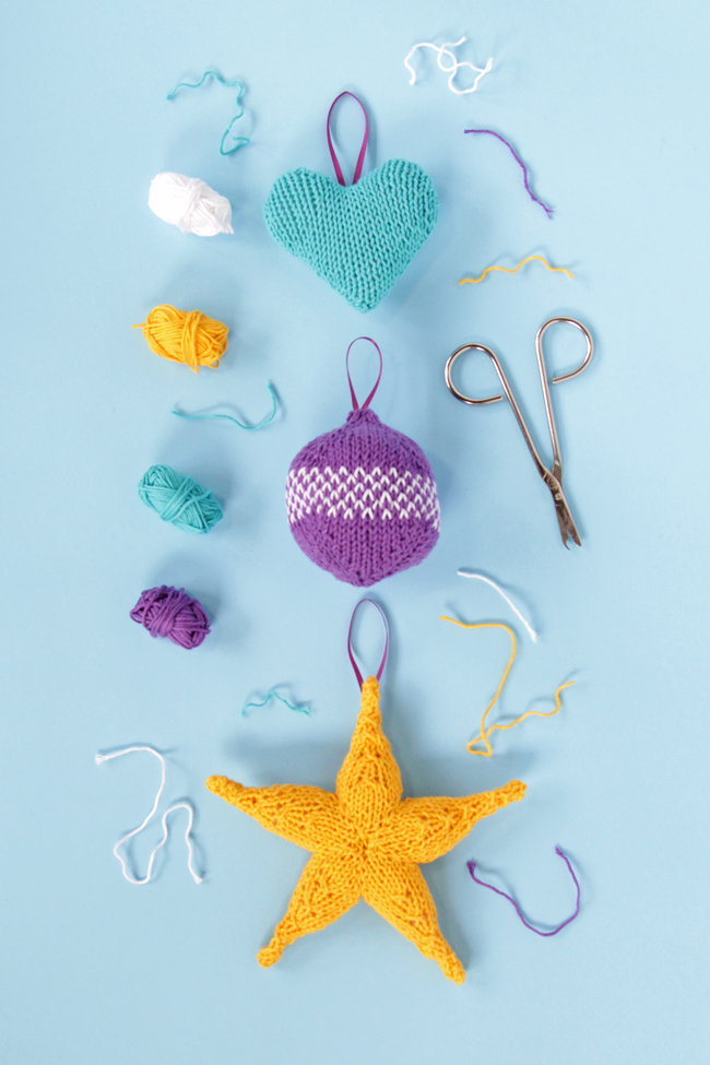 DIY knit holiday beach ornaments