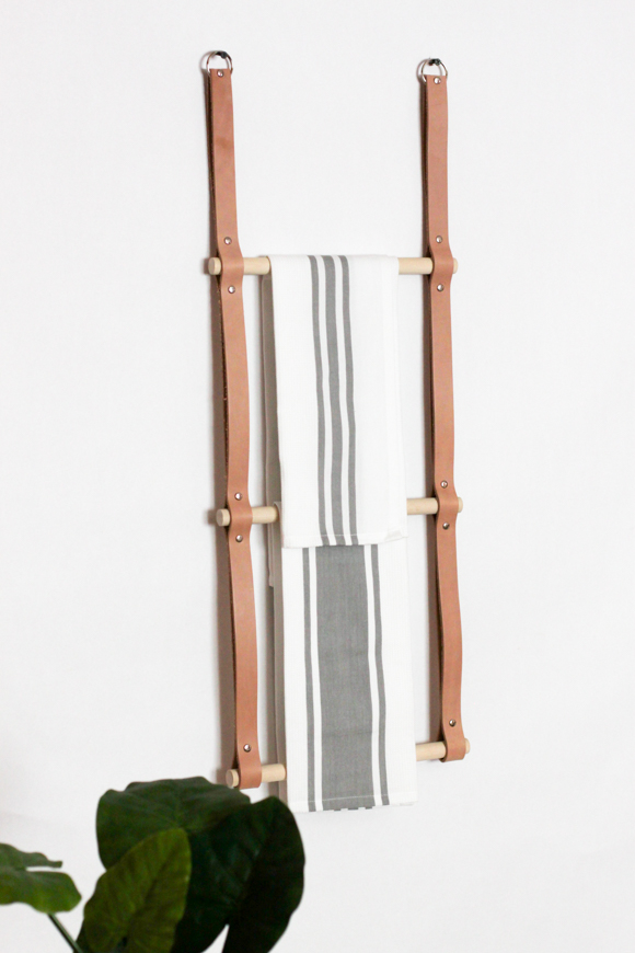DIY hanging leather rack (via whydontyoumakeme.com)