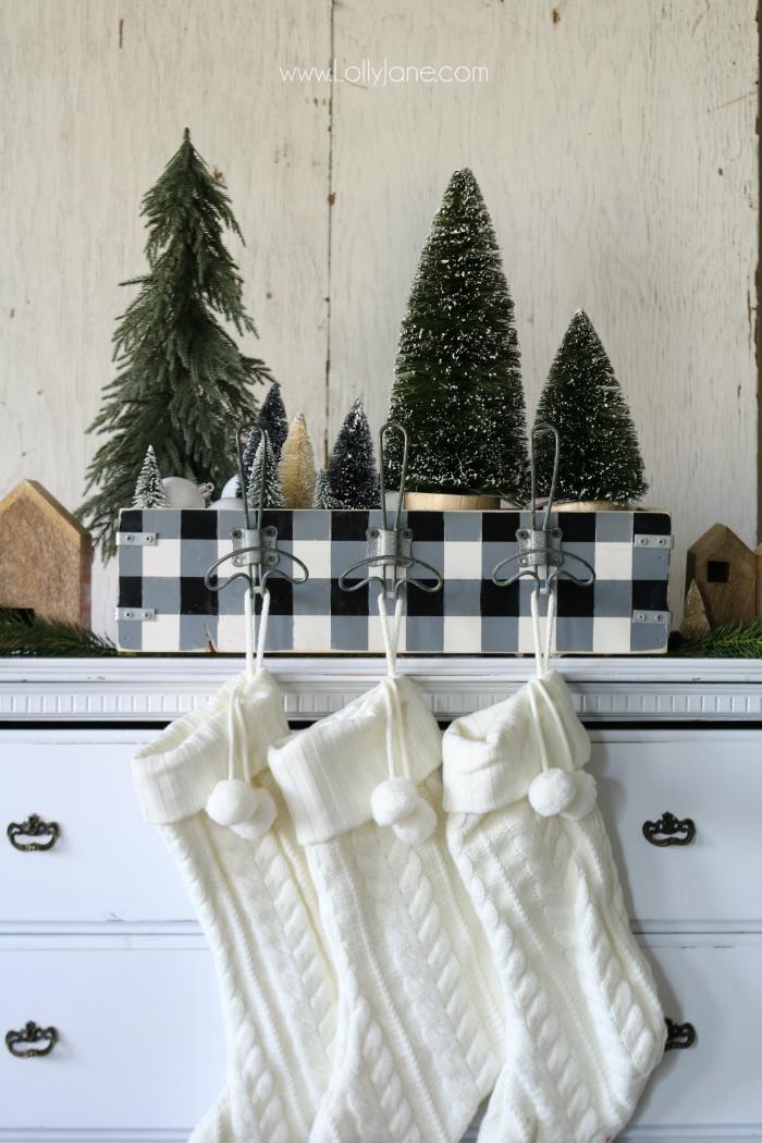 DIY box stocking holder (via lollyjane.com)