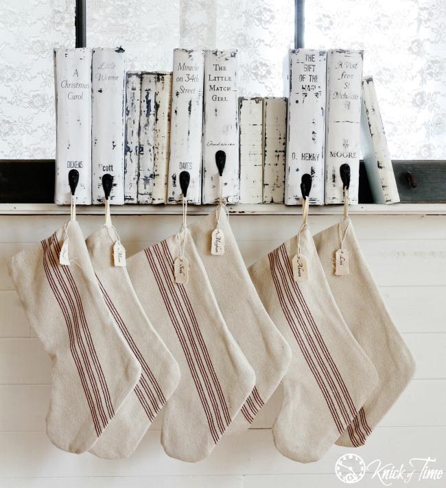 DIY Christmas stocking book hangers (via knickoftime.net)