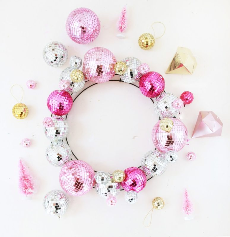 DIY modern glam Christmas disco ball wreath (via abubblylife.com)